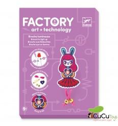 Djeco - Factory - Broche que se ilumina - Bunny Girl