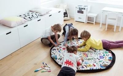 Saco de brinquedos e cobertor de jogo